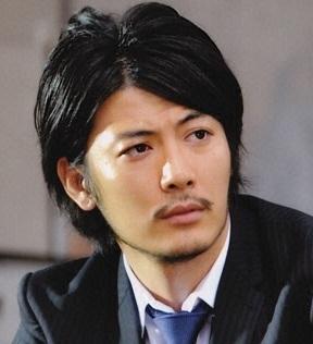 デザイン髭の芸能人玉山鉄二
